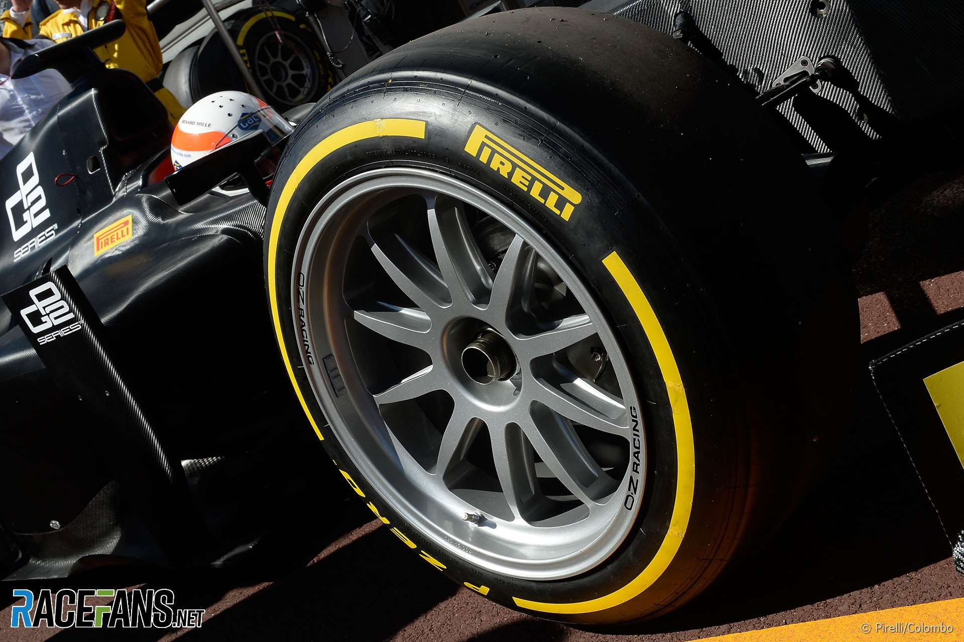 Pirelli Prepared To Offer 18 Inch Wheels And Smart Tyres In F1