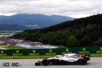 "Bottas sympathises with ""struggling"" former team Williams"