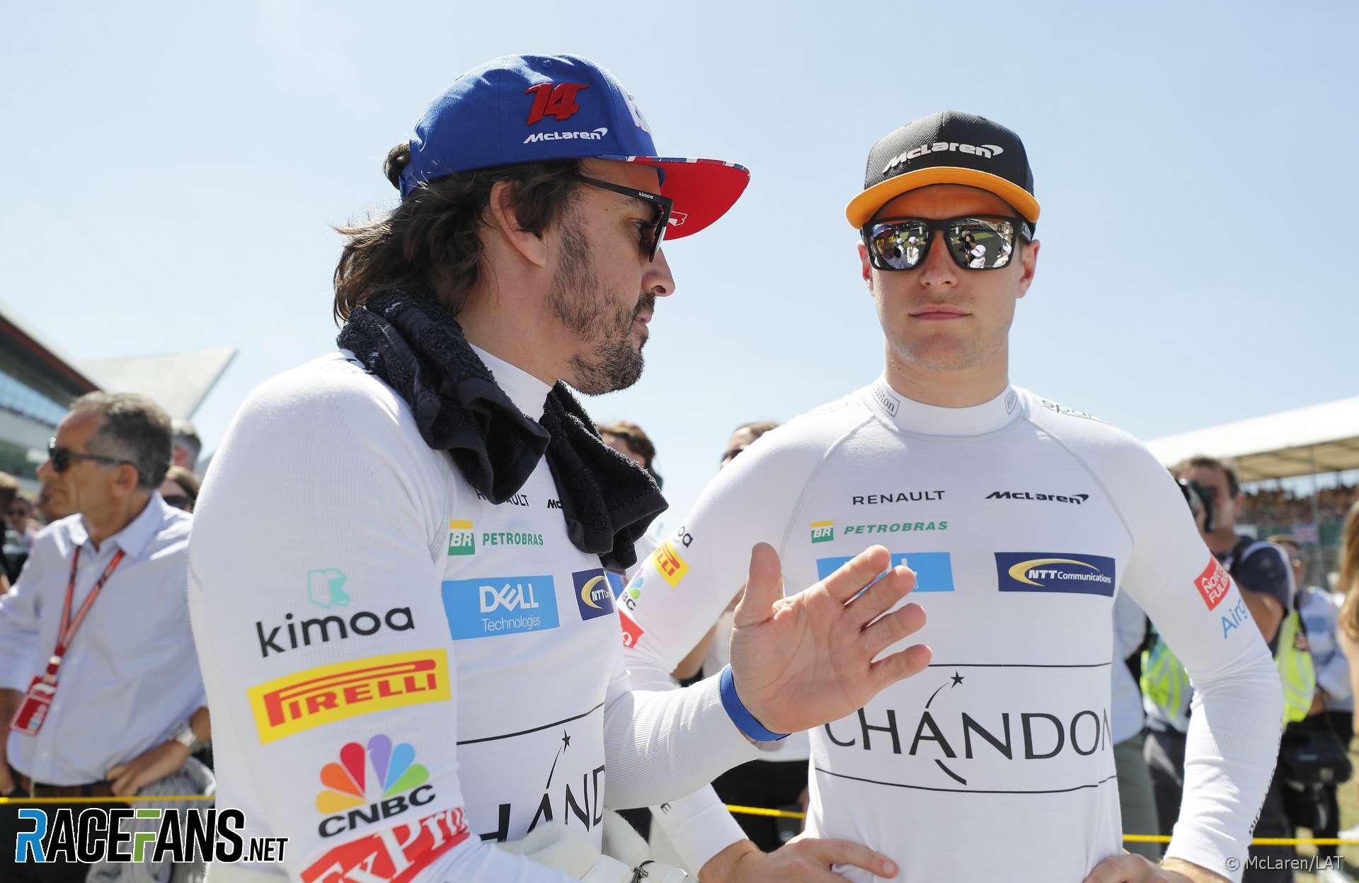 Fernando Alonso, Stoffel Vandoorne, McLaren, Silverstone, 2018