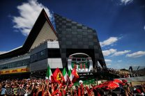 New deal announced to keep British GP at Silverstone