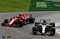 """Raikkonen – """"Impossible"""" to keep Hamilton behind with blistered tyres"""