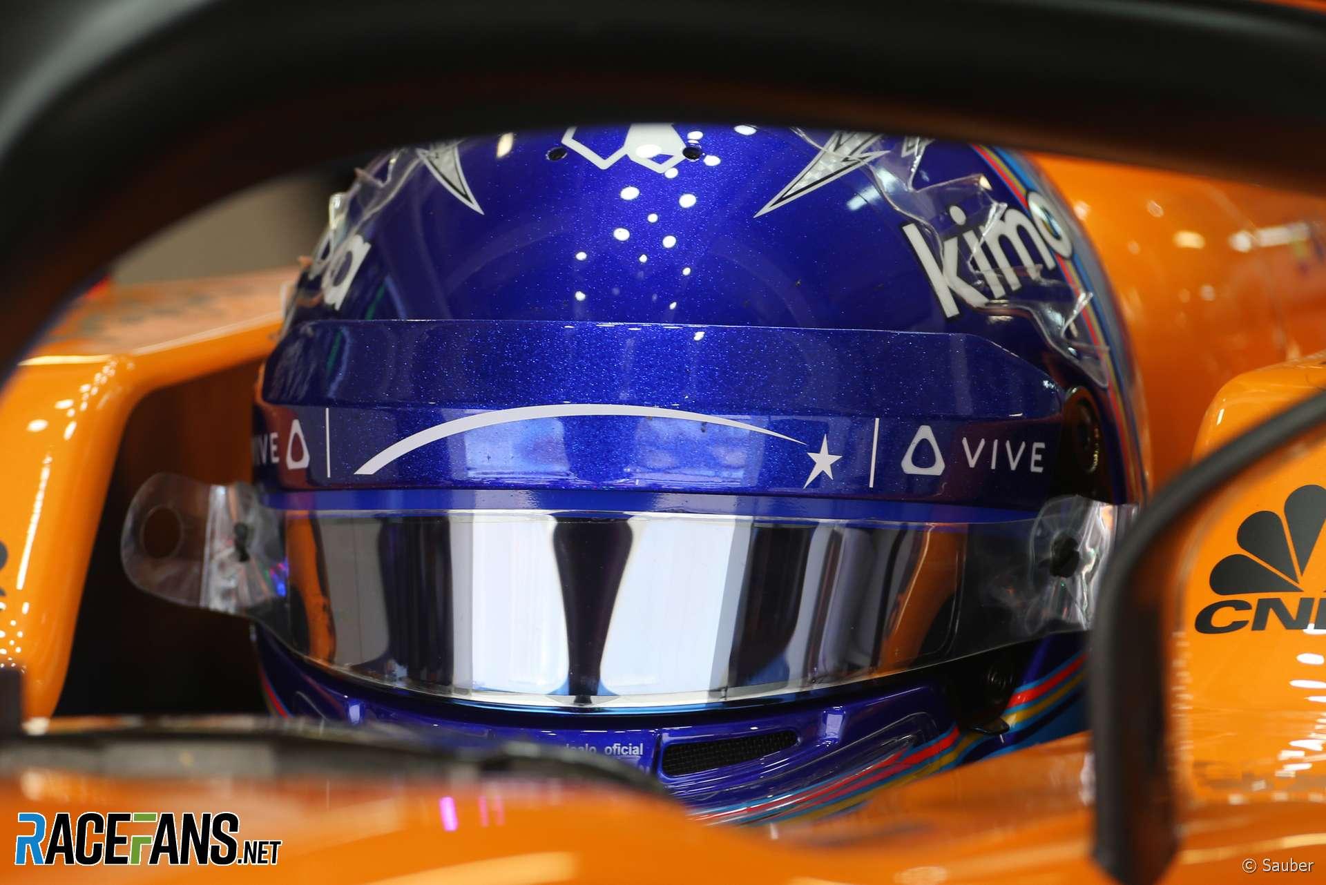 Fernando Alonso, McLaren, Sochi Autodrom, 2018
