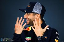 Ricciardo: Fair for Vettel to get same penalty as me