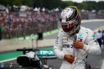 """Sirotkin says Hamilton did nothing wrong, Wolff calls incident a """"non-issue"""""""