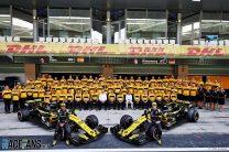 Renault F1 team photograph, Yas Marina, 2018