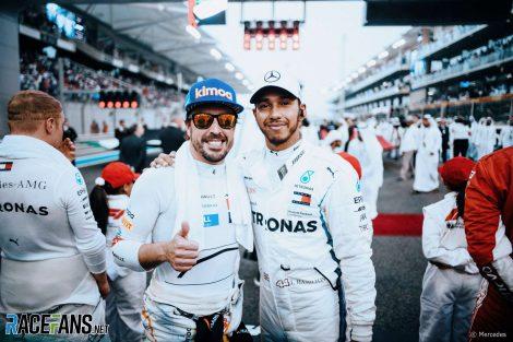 Fernando Alonso, Lewis Hamilton, Yas Marina, 2018