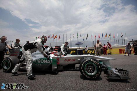 racefansdotnet-20111127-173429-1-470x313