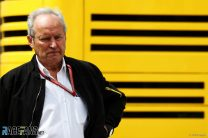 Stoll remains in charge at Renault as Koskas steps down