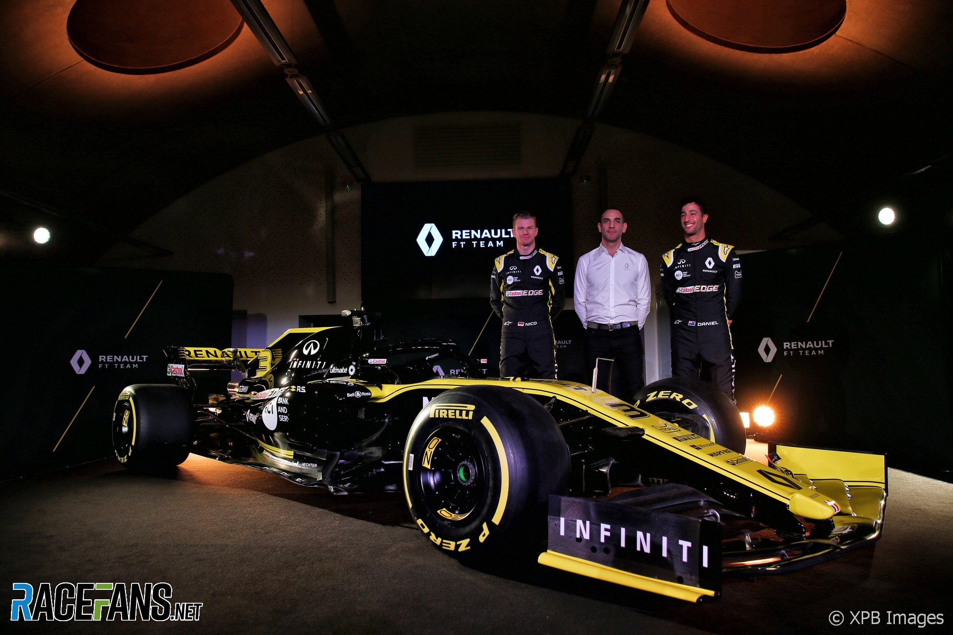 Renault 2019 F1 livery launch