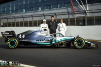 Valtteri Bottas, Toto Wolff, Lewis Hamilton, Mercedes W10, Silverstone, 2019