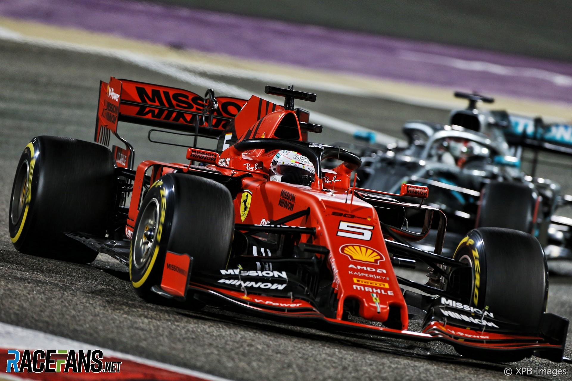 Sebastian Vettel, Lewis Hamilton, Bahrain International Circuit, 2019