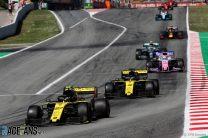 Ricciardo: Renault should have considered team orders
