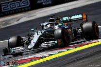 Hamilton had early warning Raikkonen was behind him