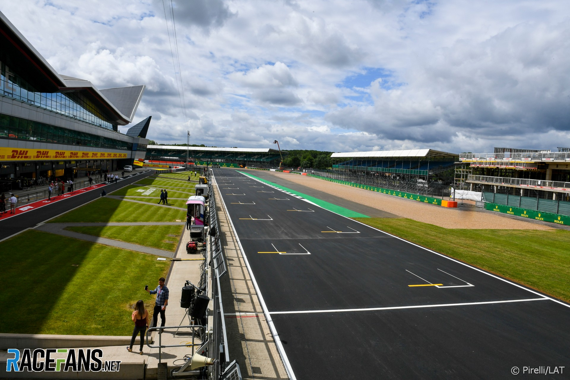 Silverstone open to holding second F1 race on reverse track · RaceFans