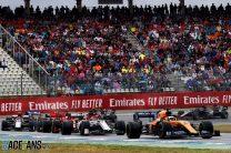 McLaren right not to gamble on slicks – Sainz