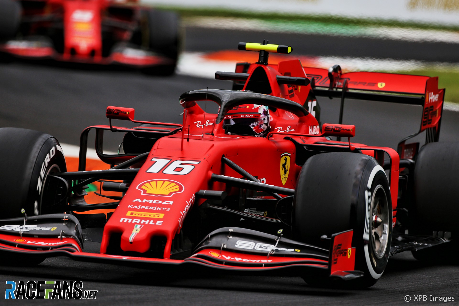 Leclerc stays ahead but Hamilton is close in second practice