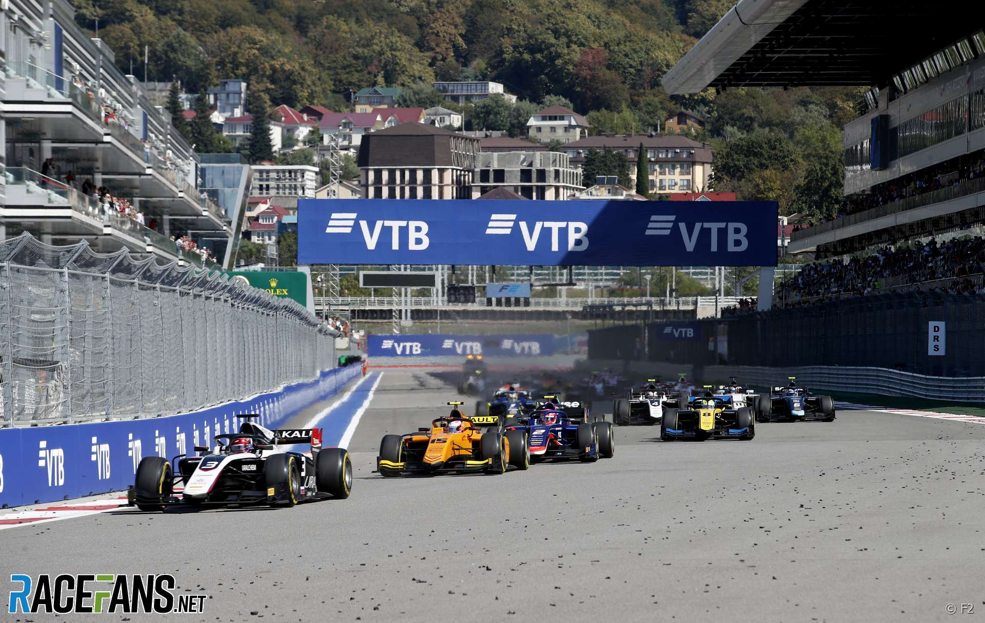 Start, F2 sprint race, Sochi Autodrom, 2019