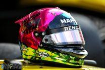 Daniel Ricciardo helmet, Renault, Yas Marina, 2019
