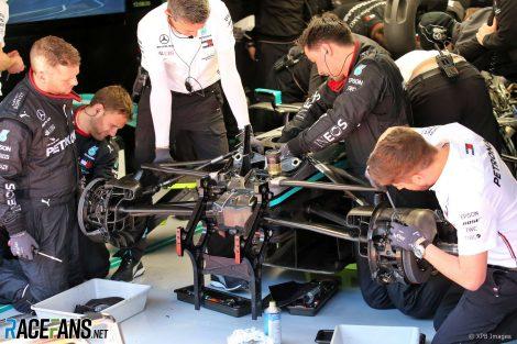 Mercedes call their novel steering system 'DAS'