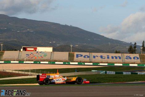 Fernando Alonso, Renault, Autodromo do Algarve, 2009