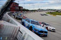 Start, NASCAR, Darlington Raceway, 17th May 2020