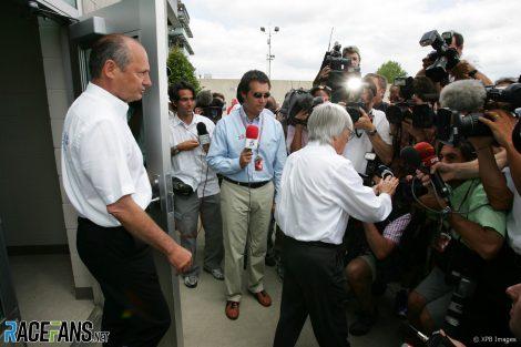 Ron Dennis, Bernie Ecclestone, Indianapolis, 2005