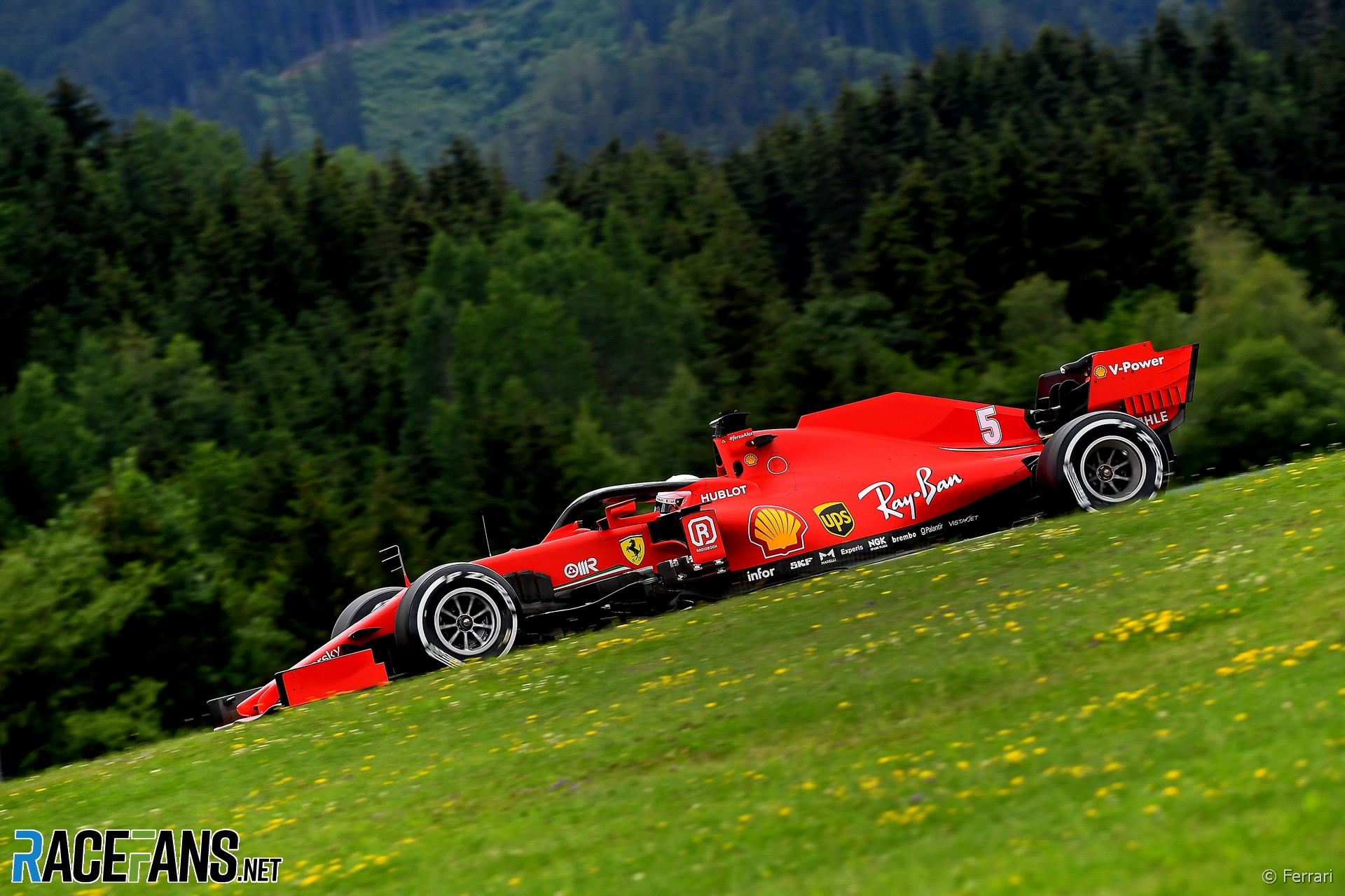 Ferrari Losing 0 7 Seconds To Mercedes On Straights Binotto Racefans