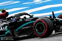 Bottas beats Hamilton to pole despite last-lap spin