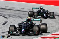 "Hamilton sure Bottas didn't slow him deliberately: ""He's a pure racer"""
