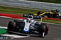 "Williams expect to compete for points ""on merit"" soon"