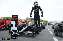 """Dominant Hamilton says he was """"in a perfect zone"""" and didn't realise he'd finished Spanish GP"""