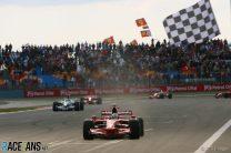 Massa wins third consecutive race at Istanbul