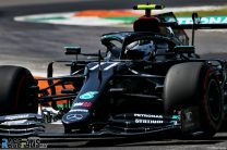 Bottas quickest in final practice as Hamilton has near-miss with traffic