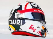 Kvyat wears fan-designed helmet inspired by Russian artists for home race