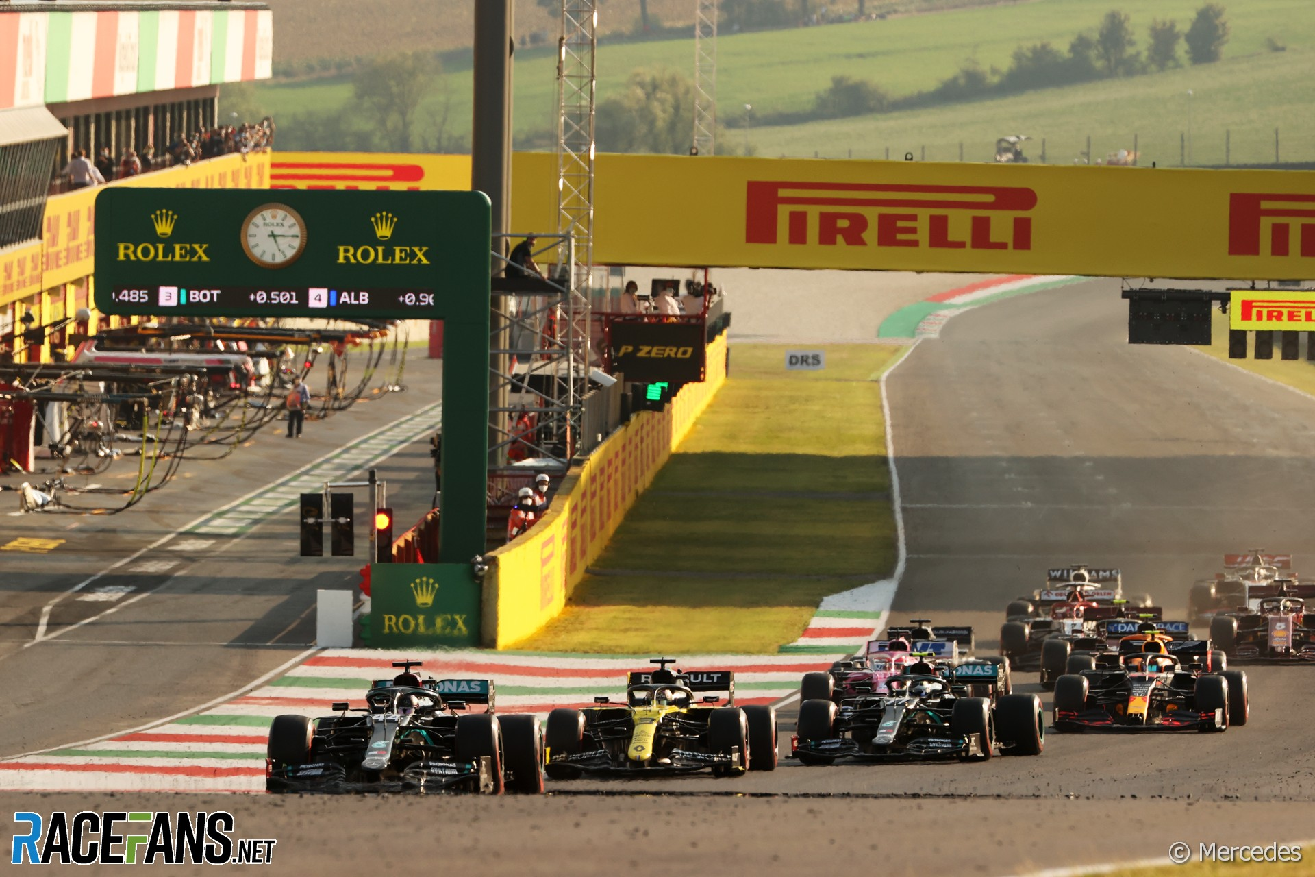 Mugello Carnage Can T Keep Hamilton From Another Win Racefans