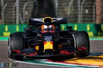 "Engine problem led to ""messy"" qualifying session – Verstappen"