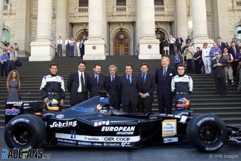 Tarso Marques, Paul Stoddart, Gustav Brunner, Giancarlo Minardi Fernando Alonso, Minardi, Melbourne, 2001
