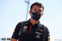 """Albon says Russell has done an """"amazing job"""" on first weekend in top team"""