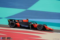 Drugovich wins Bahrain feature race as Ilott cuts Schumacher's points lead