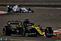 Daniel Ricciardo, Renault, Bahrain International Circuit, 2020