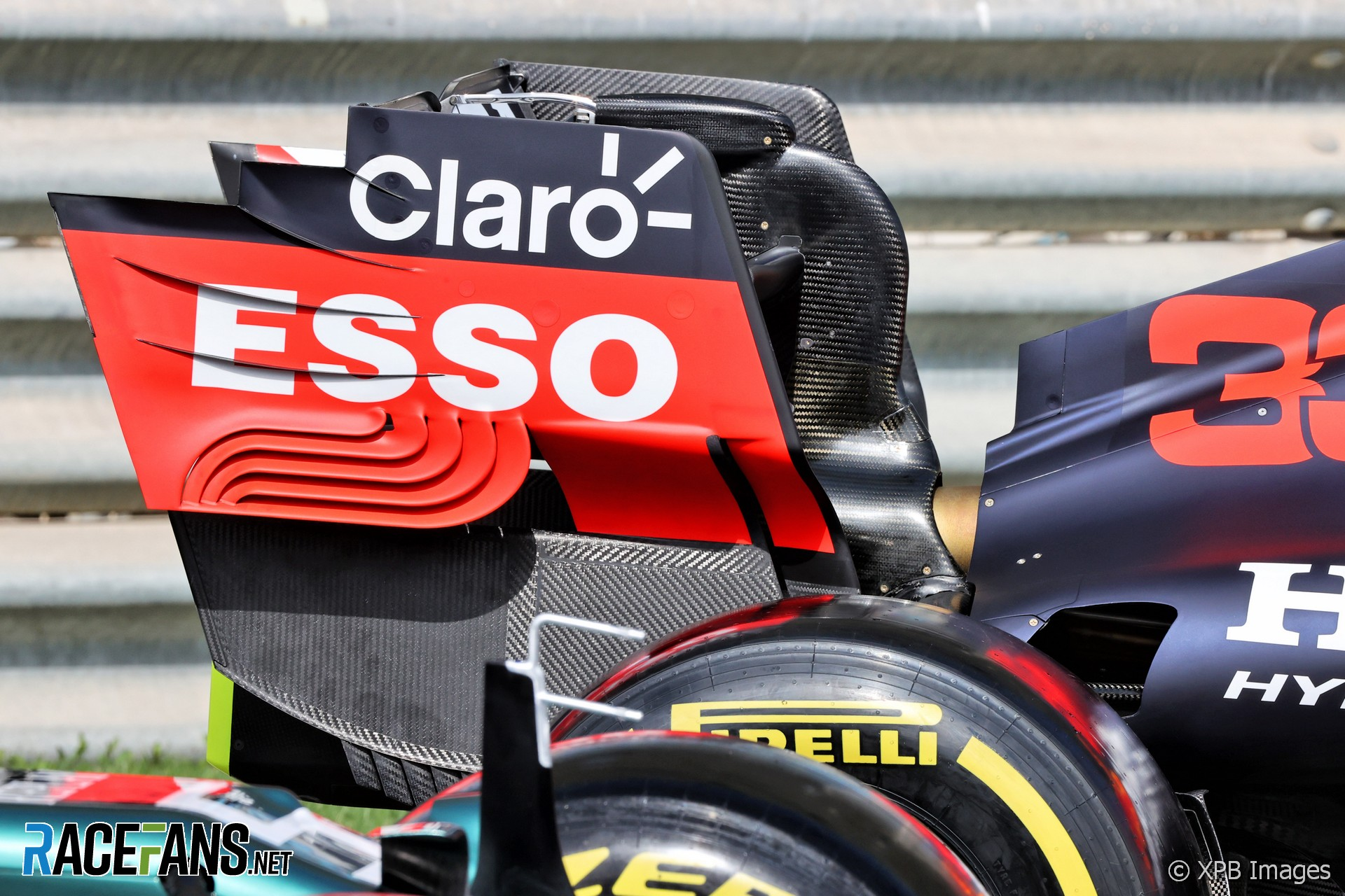 Red Bull Racing RB16B rear wing, Bahrain International Circuit, 2021