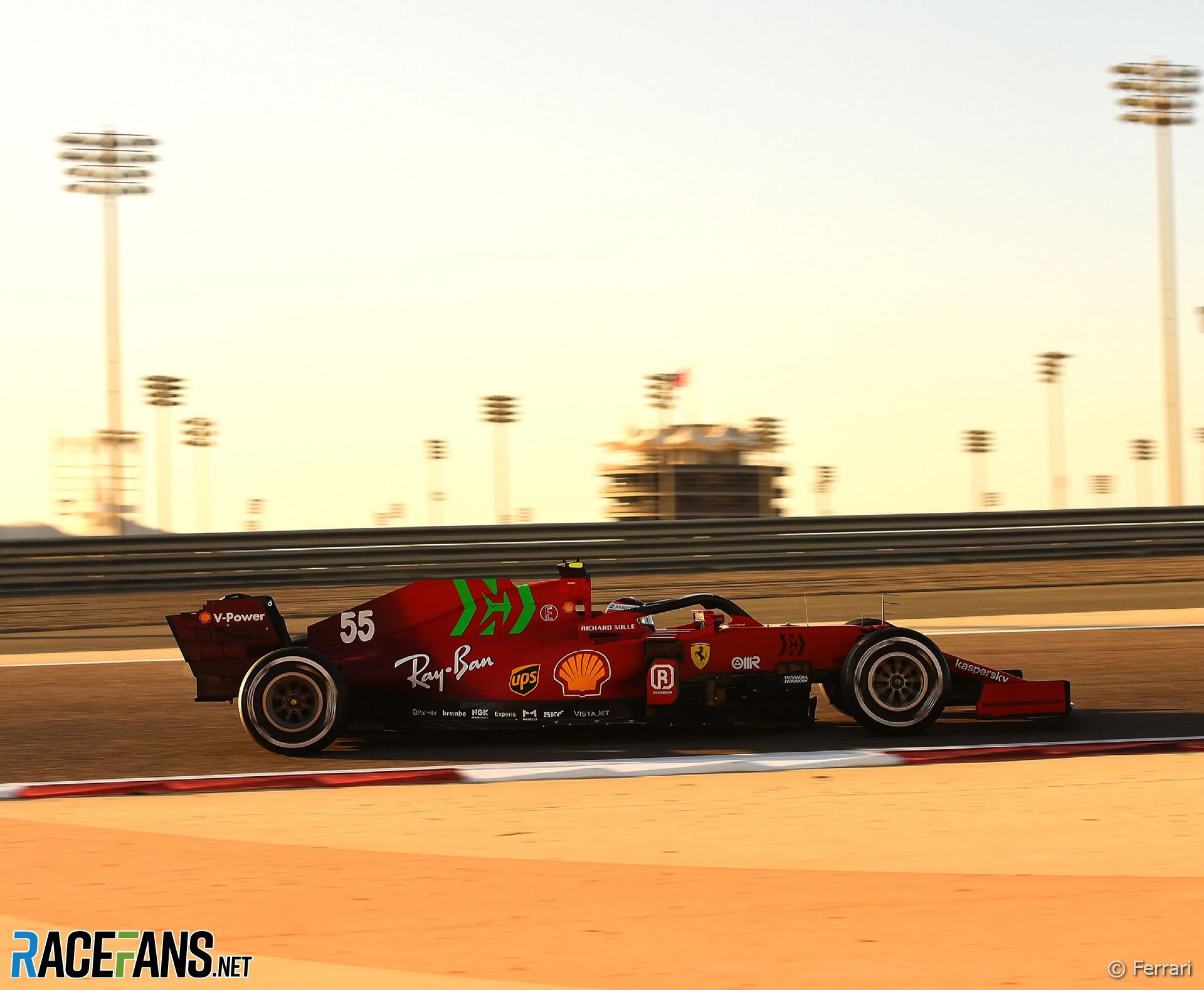 Carlos Sainz Jnr, Ferrari, Bahrain International Circuit, 2021
