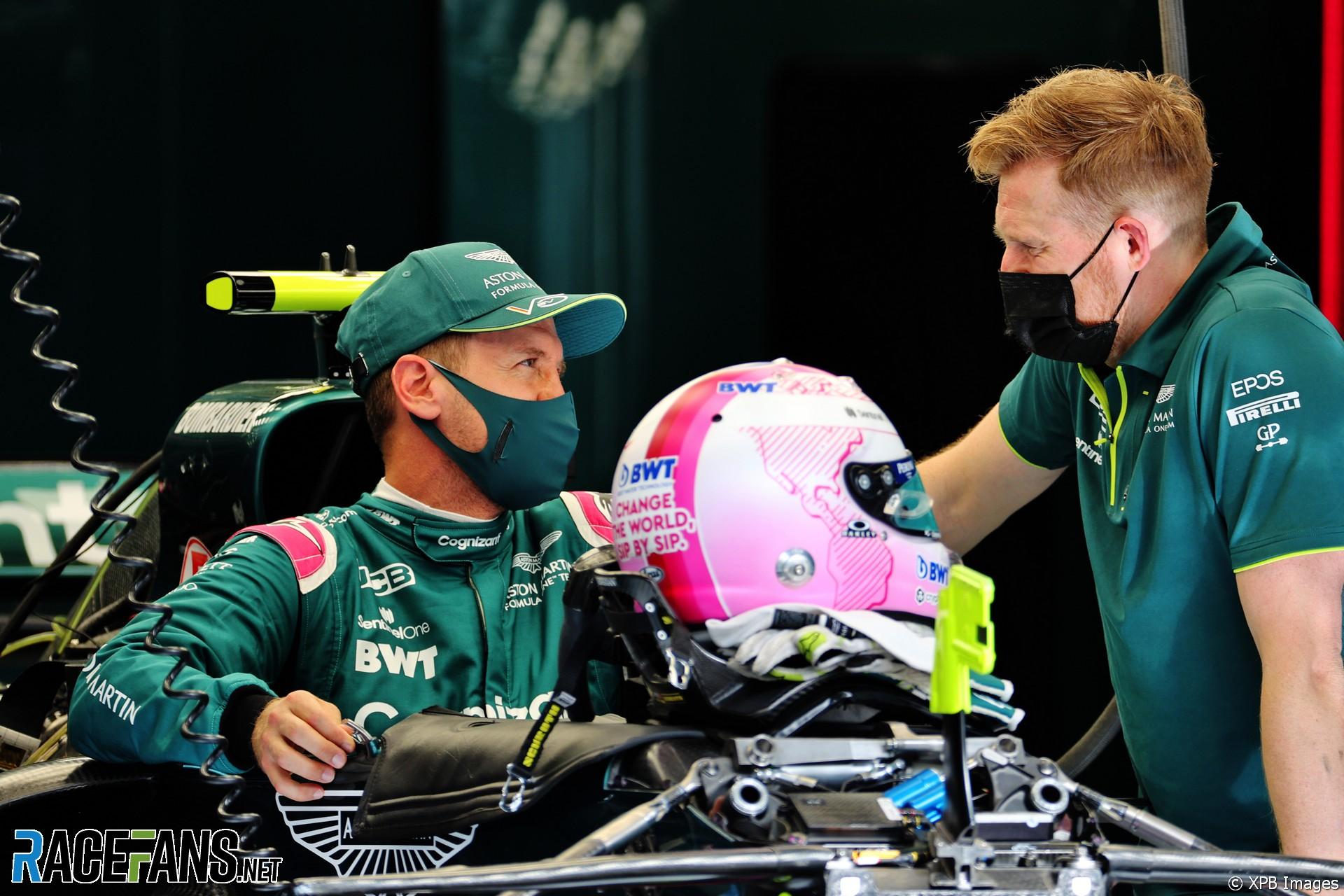 Sebastian Vettel, Aston Martin, Bahrain International Circuit, 2021