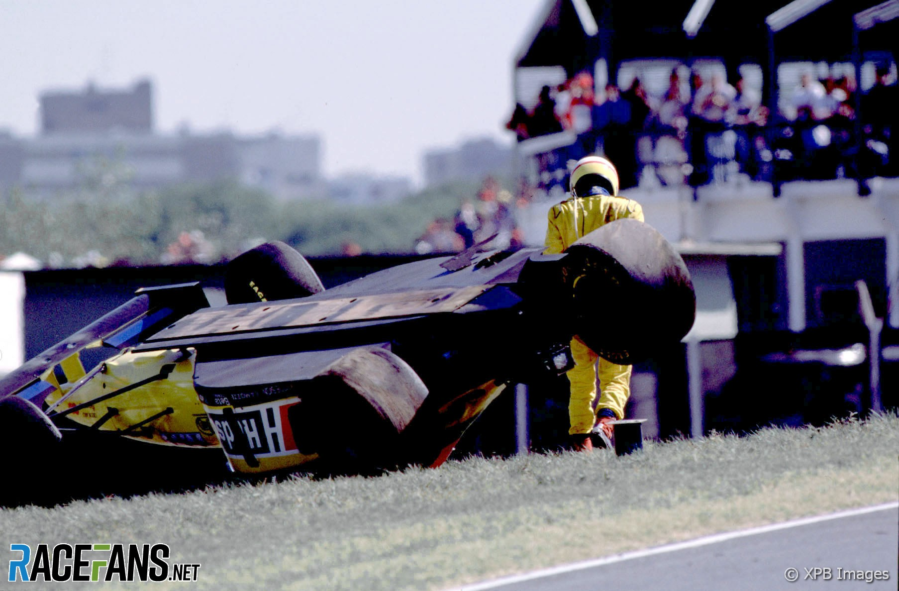 Luca Badoer, Forti, Buenos Aires, 1995