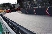 Pit lane, Imola, 2021