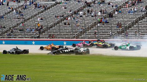 Start crash, Texas Motor Speedway, IndyCar, 2021