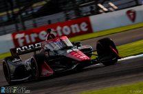 "Montoya endures ""very difficult"" IndyCar return on tough weekend for McLaren SP"