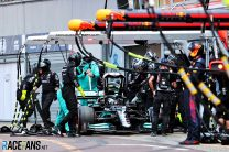 Mercedes still unable to remove wheel from Bottas' car
