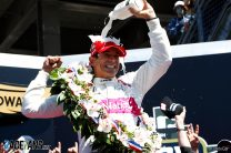Castroneves reveals how he used traffic to beat faster Palou