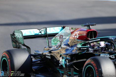Lewis Hamilton's rear wing, Baku, 2021